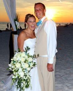 Fort Walton Beach Wedding, orchid & rose bridal bouuet