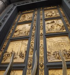 "womens tours.jpg alt=womens travel, front view of the gates of paradise, florence"">"