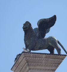 "womens tours.jpg alt=womens travel, st marks winged lion, venice"">"