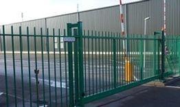 Security Compleet plaatst tevens hekwerken en slagboominstallaties.