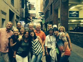 Celebrate birthdays in Nashvile on hte Music City Pub Crawl