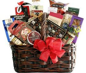 Christmas Gift Basket holiday gift Delectablegourmetgifts