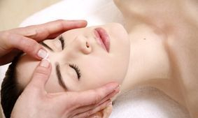 Facial reflexology relaxation, stress relief, pain relief, feel good Southampton Anita Bee Holistic Therapies