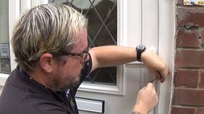 Master Locksmith Steven J Taylor of Taylors Locksmiths picking a euro profile door lock www.taylorslocksmiths.co.uk