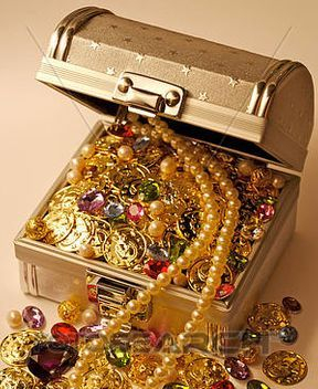 Lyn's Treasure Chest