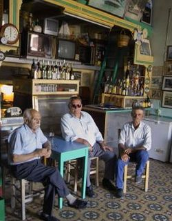 """Centenarians islanders """"resting for life"""" in local coffee shop"""