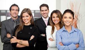 Teamgeist   Unsere hoch qualifizierten Mitarbeiter arbeiten stets zusammen, ihnen wird nichts entgehen.