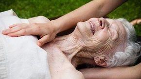 Soft Touch Elderly oil massage philippines by janne irlandes