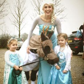 Elsa Party Entertainer