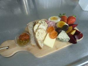 Harvester's Lunch platters