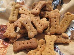 Peamutt Butter & Banana Dog Biscuits Dubai