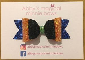 goofy hair bow - Disney inspired hair bow