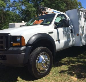 Ford F-550 / Service Truck