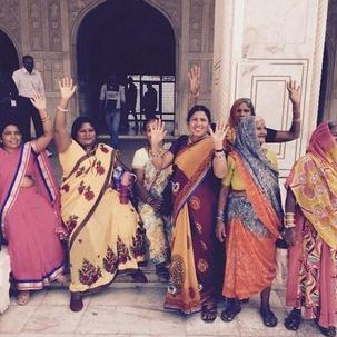 "src=""australian womens travel.jpg alt=womens travel,locals at the red fort, agra , India"