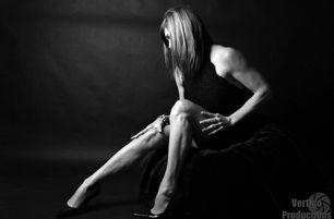vertigo productions photography, brockville boudoir photographer, gananoque boudoir photographer, boudoir photographer, brockville fitness photographer, fitness photographer, female boudoir photographer