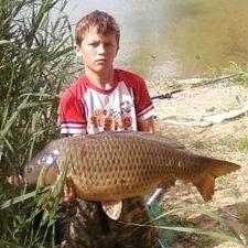 Family fishing holidays river ebro spain
