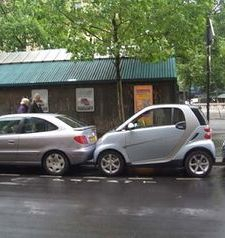 "src=""australian womens travel.jpg alt=womens travel,close parking , paris france """