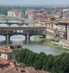 "womens tours.jpg alt=womens travel, view of the arno and the ponte vecchio, florence"">"