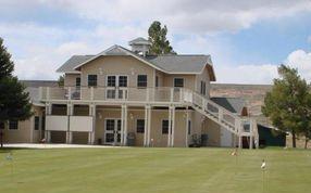Jackpot Golf Club clubhouse