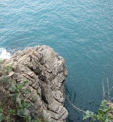 "ours.jpg alt=womens travel, cliff and sea, cinque terre, italy"">"