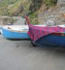 "ours.jpg alt=womens travel, fishing boats at Manarola, cinque terre, italy"">"