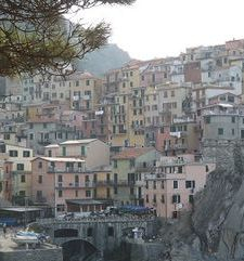 "ours.jpg alt=womens travel, manarola cascading down the hill, cinque terre, italy"">"