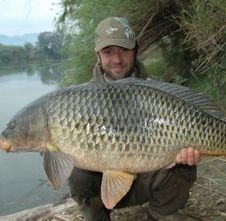river ebro common Carp catfishing spain