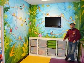 walnut ward hospital family jungle bright colorful vines birds mural hand painted