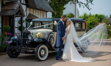 Bride & Groom in Flitton Bedfordshire