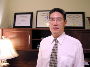 Dr. Liu DA., MD., Ph.D., Acupuncturist RI