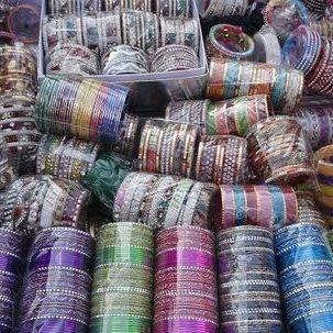 """src=""""australian womens travel.jpg alt=womens tours, plastic bangles for sake, jodhpur , India"""