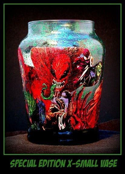 x-Small Comic Book vase