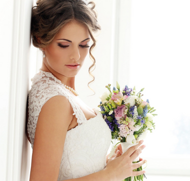 Reverse image of bride with bouquet
