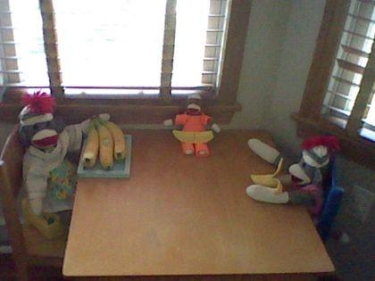 Tina,Timmy, and Tiana love bananas!