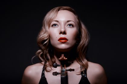 Dunja Lavrova (Violin)- Director and Leader of Ensemble Metamusika