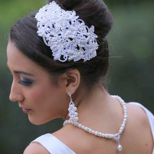 Vintage Lace headpiece with Pearls & Swarovski Crystals