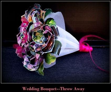 Comic book Throw bouquet