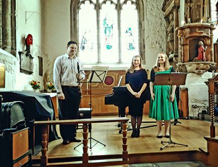 Nina Kopparhed,soprano; Peter Cigleris, clarinet and Jelena Makarova, piano: St Olave's Church (Schubert Institute recital, June 2018)