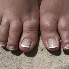 Shellac manicures and pedicures traverse city