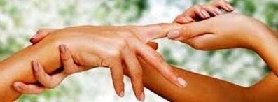 massage des mains Ayurvédique Indien