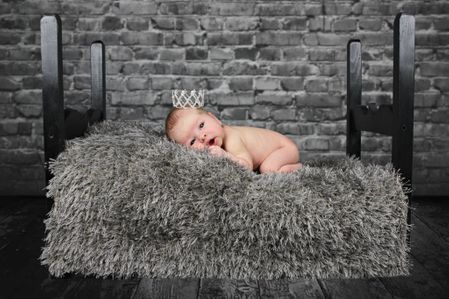 brockville photographer, brockville newborn photographer, brockville new born photographer, new born photographer, newborn photography, newborn photographer, vertigo productions, leona oates, vertigo productions photography