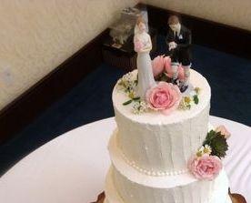 A rustic Custom Wedding Cake