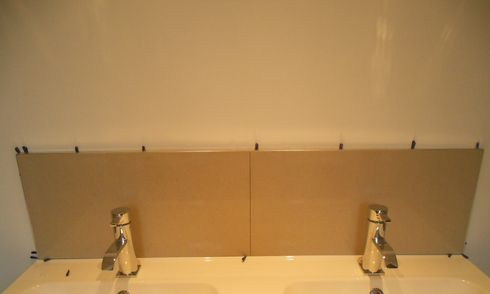 porcelain backsplash (beige)