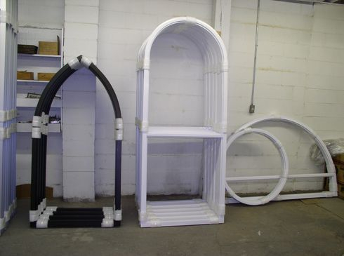 Extruded aluminum frame for stained glass