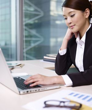 Learn English for Business Communication Online or in the Classroom