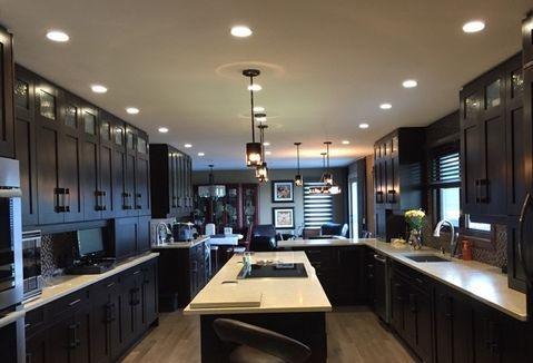 Professional Kitchen Cabinet Refacing Door Spray Refinishing Calgary