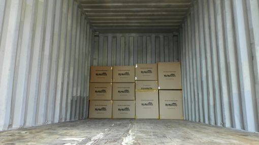 """20"""" Foot & 40"""" Container."""