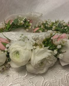 Bridal halo with white ranunculus