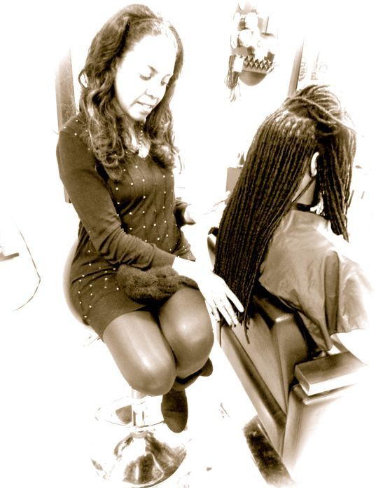 Braids by Bee is known as the Best Loctician out there to make your locs look good.