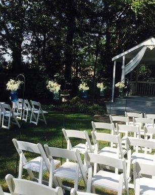 Walk down the isle in this hidden away ceremony site at Magnolia